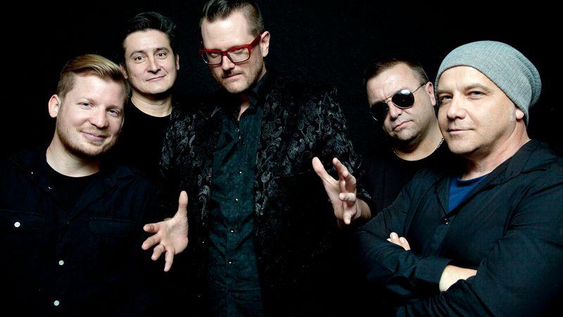 Tudod, melyik volt az első csakis angolul éneklő magyar zenekar? Most visszatérnek!