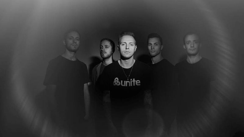 Metal a Novarockon: Architects