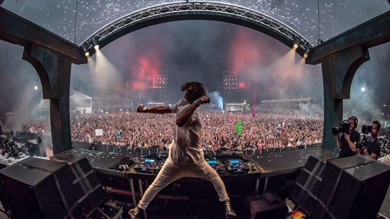 Danny Avila is fellép a nemzetközi DJ verseny budapesti elődöntőjén