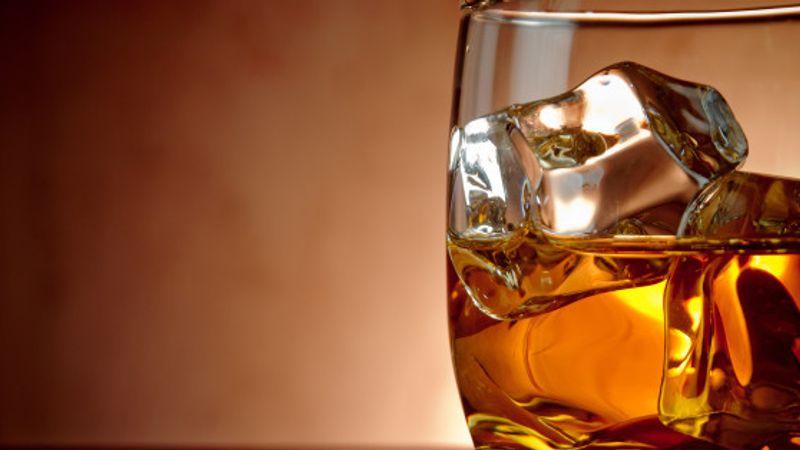 Ír táncház, skót duda és scotch: M.É.Z. a Fonóban
