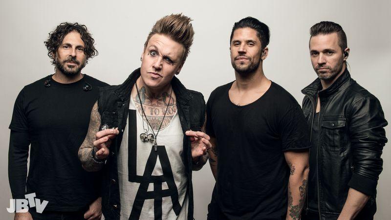 Beindult a nyüzsgés: új lemez és európai turnédátumok a Papa Roachtól!