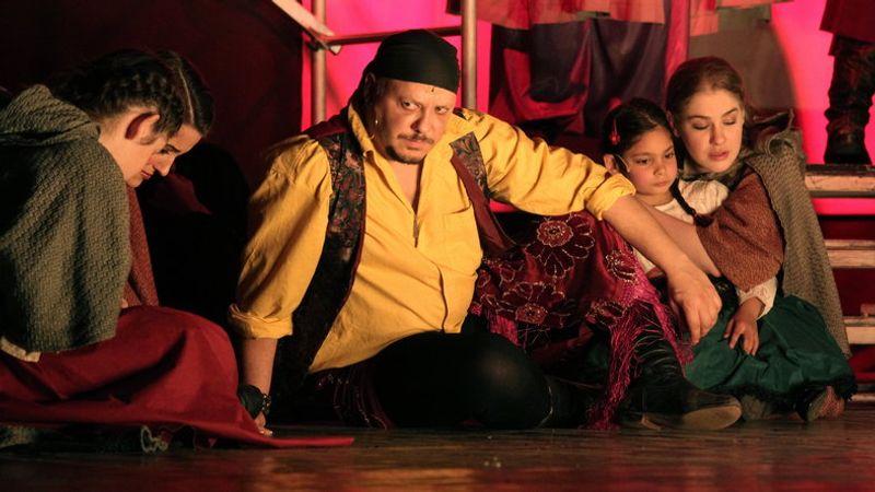Damu Roland játssza Sárközit az Egri csillagok-musicalban