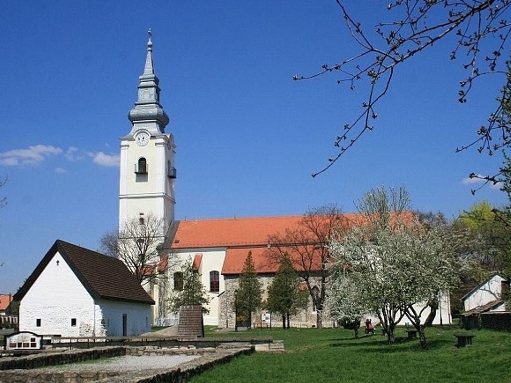 Szent Lőrinc Plébániatemplom - Pásztó