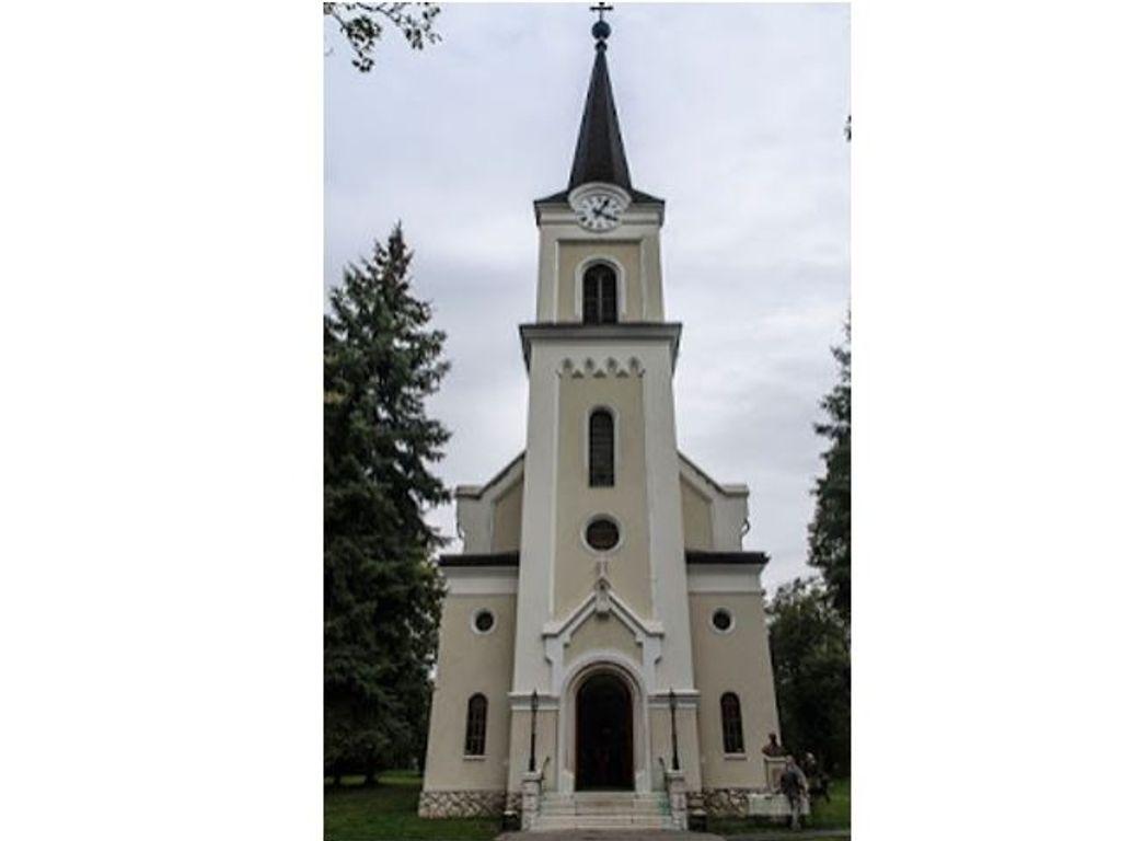 Budakalász, Szent Kereszt Felmagasztalása templom