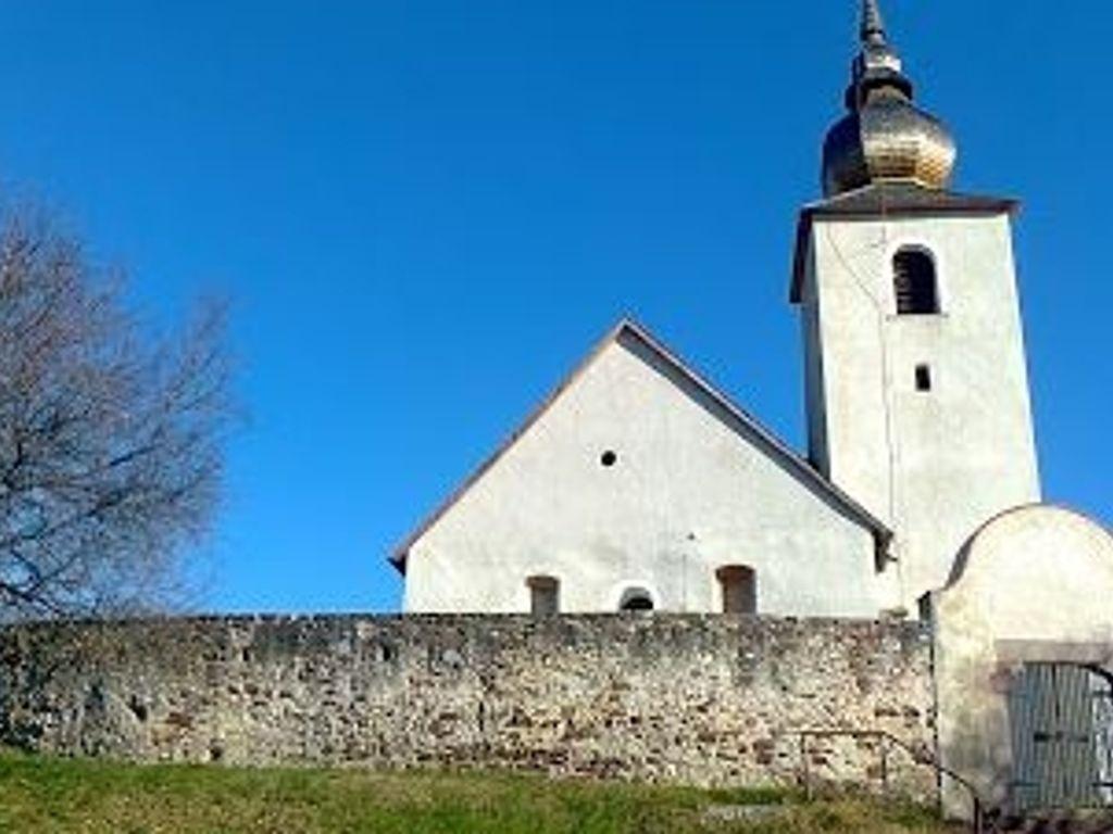 Vörösberényi református erődített templom