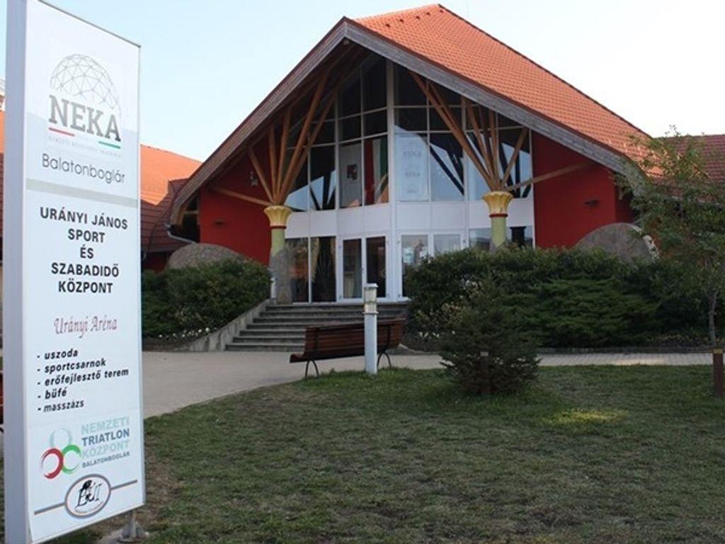 Urányi János Sport és Szabadidő Központ