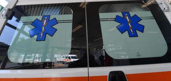 Frontale moto-auto, tre personeferitea Dro: la peggio è toccata a un ragazzo