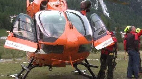 Contadino muore nei boschi sopra Merano: travolto da un tronco mentre faceva legna