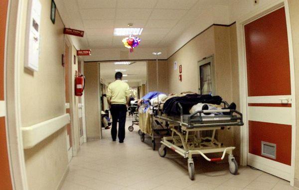 Contagiata dall'epatite C in ospedale, risarcita dopo oltre 40 anni (e tre processi infiniti)