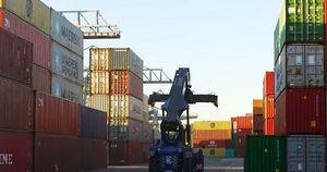 A giugno torna a crescere il commercio con l'estero