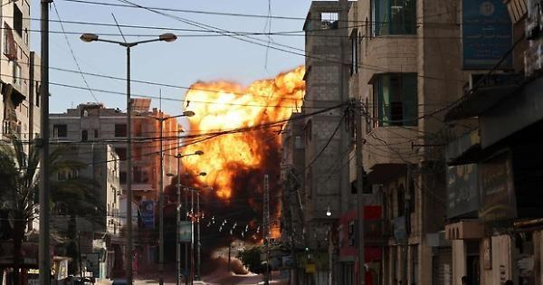 Gaza, dieci morti in attacco Israele. otto bambini e due donne