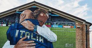 L'abbraccio tra Vialli e Mancio è un'opera d'arte