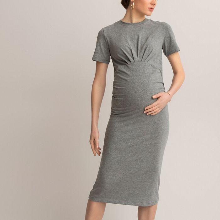 Κοντομάνικο φόρεμα εγκυμοσύνης σε ίσια γραμμή