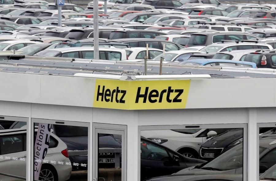 coronavirus manda crisi noleggio auto colosso Hertz avvia fallimento