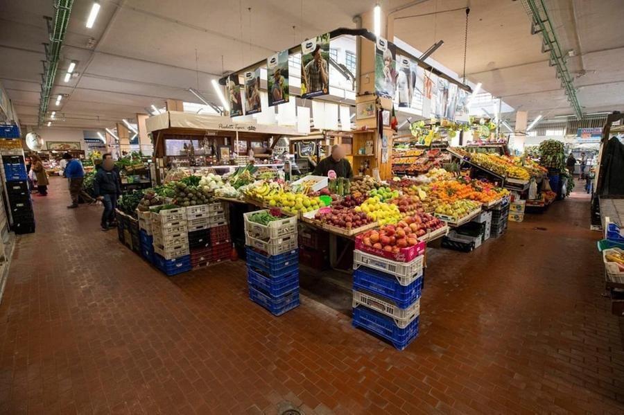"""Roma mercati aperti anche sera Raggi firma ordinanza per una città sempre ù vivibile dopo lockdown"""""""