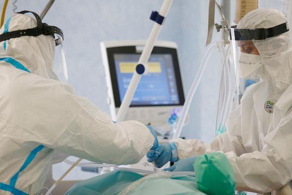 Coronavirus in Italia, il bollettino del 14 aprile: 16.168 nuovi contagi, 469 decessi. Indice di positività al 4,83 per cento