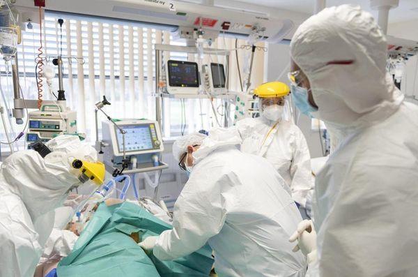 Coronavirus in Italia, il bollettino del 16 aprile: 15.493 nuovi contagi, 429 decessi. Indice di positività al 4,9 per cento