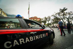 Incendio su imbarcazione a Castellammare di Stabia, muore una hostess 29enne