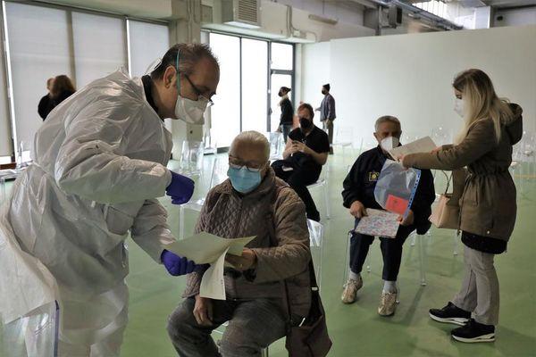 Coronavirus in Italia, il bollettino del 17 maggio: 3.455 nuovi contagi e 140 vittime