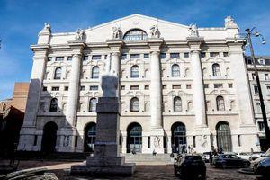 Borsa Italiana: scontro sull'ad tra le due Casse italiana e francese. E scende in campo anche il Pd per difendere Piazza Affari