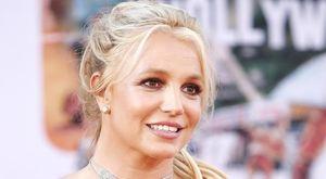 Britney Spears resta ancora sotto tutela del padre. I fan insorgono sui social