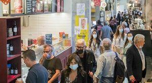 Al Mercato Centrale caccia alle golosità gourmet: cibo e musica dentro alla Stazione