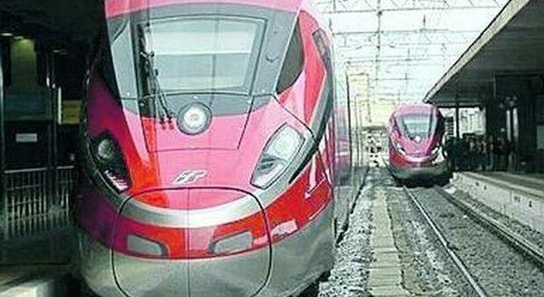 Treno Covid-free: sul Frecciarossa Roma-Milano possono salire solo i tamponati