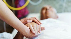 Riaprono le strutture per anziani e disabili, permesse le visite ma solo per 45 minuti