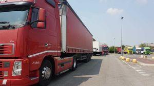 Area logistica di Castello, i camionisti: