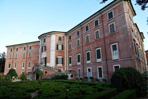 La piccola reggia di Castelnuovo Fogliani apre le sue porte con visite guidate - Libertà Piacenza