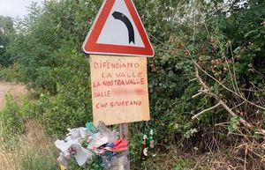 Val d'Arda, spuntano cartelli contro l'abbandono dei rifiuti a bordo strada - Libertà Piacenza