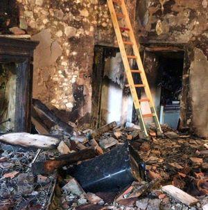 Cortocircuito innesca un incendio, cascina distrutta dalle fiamme a San Giorgio - Libertà Piacenza