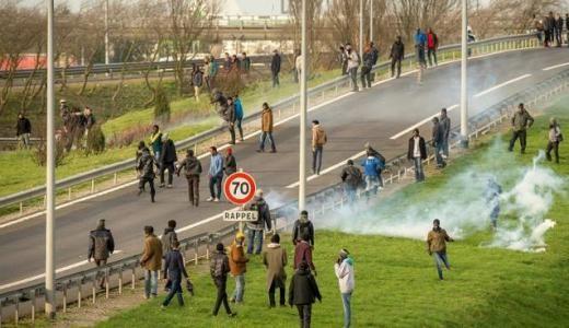 Pétition : Soutien au routier mis en garde à vue pour avoir tué un migrant au port de Calais