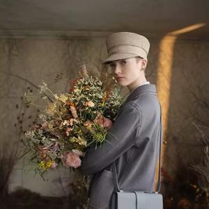 Dior ни призовава да посрещнем пролетта в домовете си