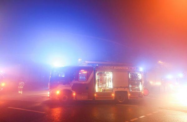 Linienbus stößt mit Pkw zusammen - Bergsträßer Anzeiger