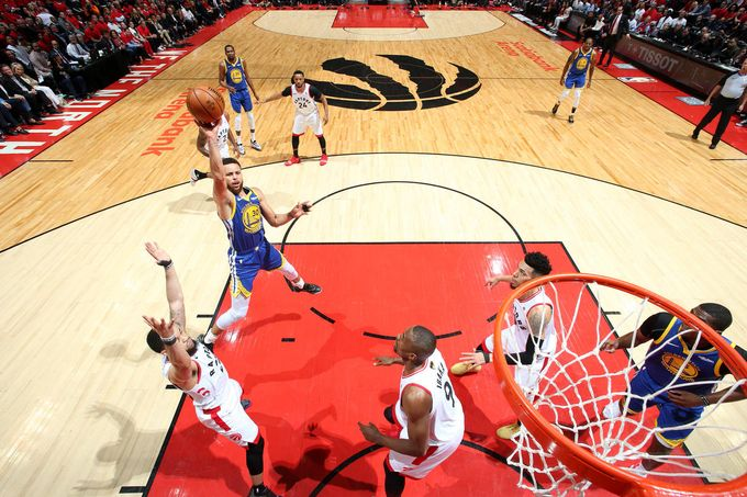 一線生機—Toronto Raptors & Golden States Warriors