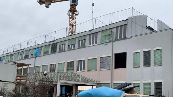 Konrad Lorenz Gymnasium wird jetzt überrannt
