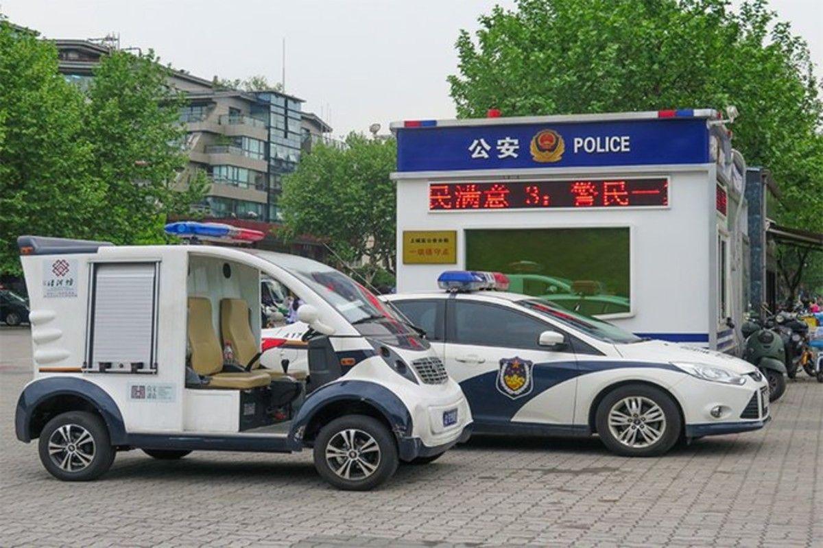 Cina attacco una scuola sono molti feriti