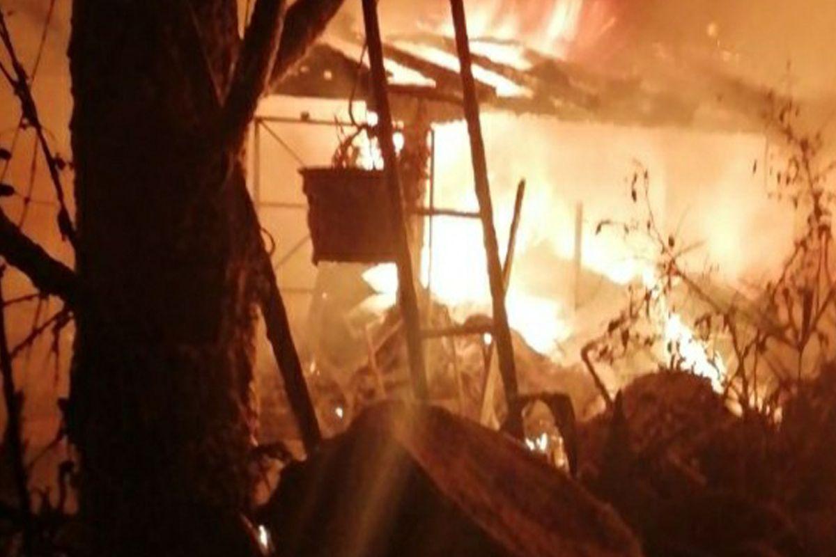 Incendio una casa Treviso morta carbonizzata una donna