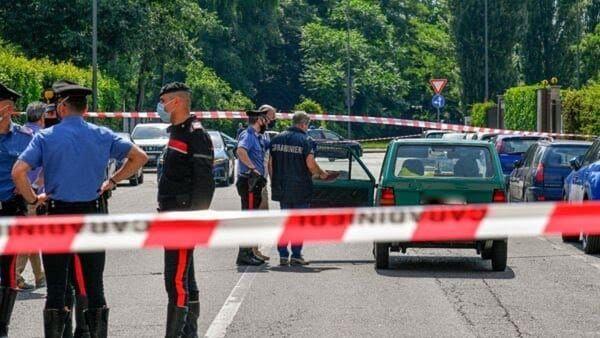 Ucciso a coltellate dopo una lite, la moglie è indagata per omicidio