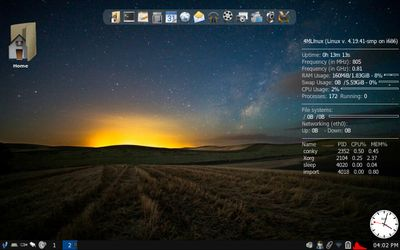 01 4MLinux JWM Desktop - First impression