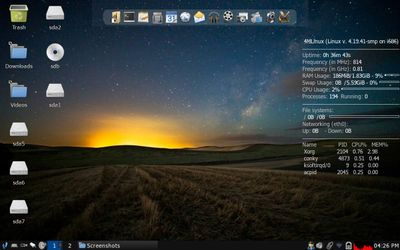 02 JWM Desktop with icons enabled