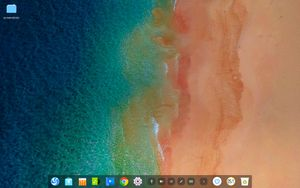 04 deepin desktop with fashion mode panel layout