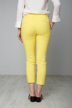 Κίτρινο παντελόνι!