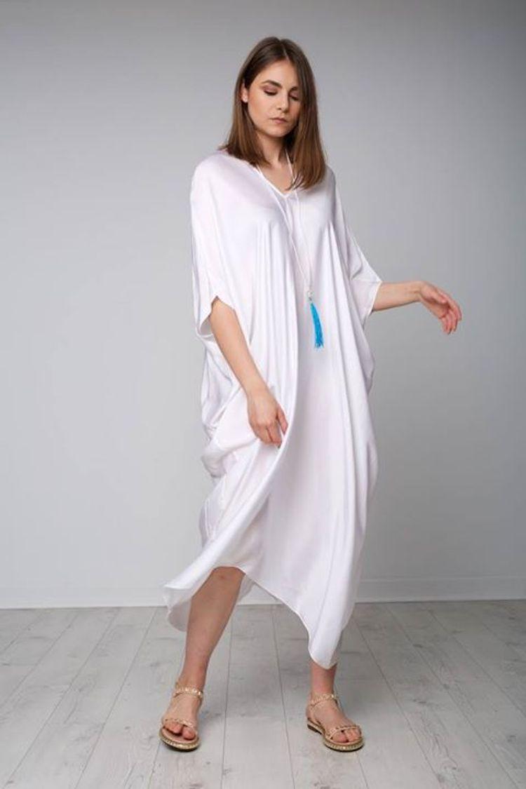 Oversized λευκό φόρεμα!
