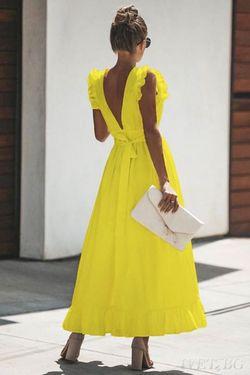 Το φόρεμα που κυριολεκτικά λατρέψαμε τώρα και σε κίτρινο!