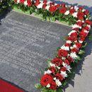 Otkrivena spomen-ploča crvenoarmejcima na Trgu republike