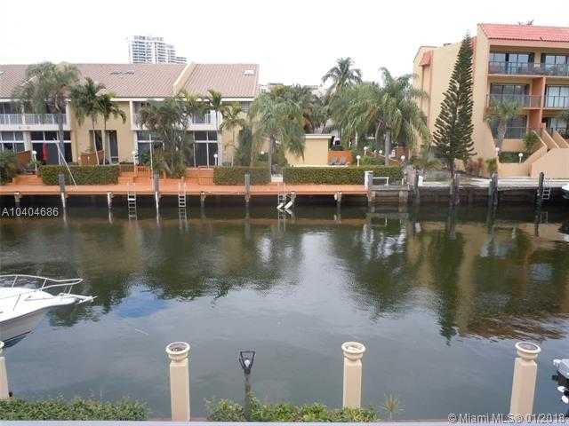 BRING YOUR BOAT To This Beautiful Spacious 2bd/2.5ba Two Story Townhouse Located In Eastern Shores