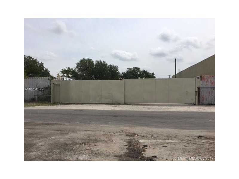 Vacant Land Centrally Located In The Middle Of INDUSTRIAL DISTRICTS One Parcels With Zoning IU1-LIGHT MANUFACTURING,  Frontage To Medium Traffic Street