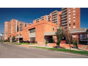 NEW 3 BED, 3 BATH, CONDO CORNER IN EXCLUSIVE ARE AIN BOGOTA, INCREDIBLE PRICE!